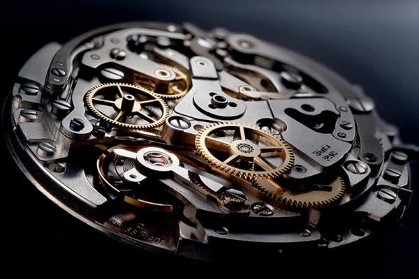 Zenith-El-Primero-Lightweight-Watch-3-Best-Gear-For-Men-Cool-Gadgets-For-Guys-Gear-And-Gadgets-For-Men-Top-Gadgets-For-Men-Tech